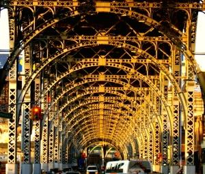 12thaveviaduct